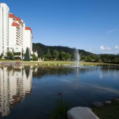Отель Kensington Hotel Pyeongchang Южная Корея, Пхёнчан - 1 отзыв об отеле, цены и фото номеров - забронировать отель Kensington Hotel Pyeongchang онлайн приотельная территория