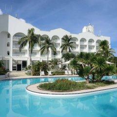 Отель Starts Guam Resort Hotel Гуам, Дедедо - отзывы, цены и фото номеров - забронировать отель Starts Guam Resort Hotel онлайн бассейн