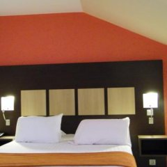 Central Hotel Cayenne in Cayenne, French Guiana from 111$, photos, reviews - zenhotels.com guestroom