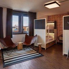 Отель Generator Paris Франция, Париж - 5 отзывов об отеле, цены и фото номеров - забронировать отель Generator Paris онлайн интерьер отеля фото 3
