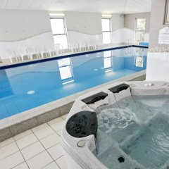 Отель BIG4 Beacon Resort бассейн фото 3