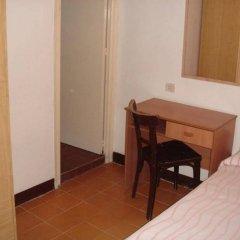 Отель Fonda Can Setmanes Испания, Бланес - отзывы, цены и фото номеров - забронировать отель Fonda Can Setmanes онлайн сейф в номере