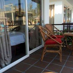 Отель Sea Breeze Resort балкон
