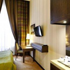 Отель Петро Палас Санкт-Петербург удобства в номере фото 2