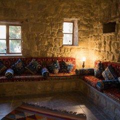Отель Old Village Resort-Petra Иордания, Вади-Муса - отзывы, цены и фото номеров - забронировать отель Old Village Resort-Petra онлайн развлечения