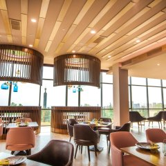 Отель Radisson Blu Hotel, Yerevan Армения, Ереван - 3 отзыва об отеле, цены и фото номеров - забронировать отель Radisson Blu Hotel, Yerevan онлайн гостиничный бар