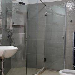 Отель Bougainville Bay Serviced Apartments Албания, Саранда - отзывы, цены и фото номеров - забронировать отель Bougainville Bay Serviced Apartments онлайн ванная фото 2