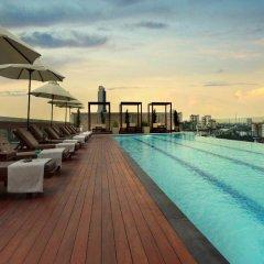 Отель Amari Residences Bangkok бассейн фото 2