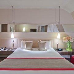 Отель Le Derby Alma сейф в номере