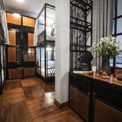 The Chi Novel Hostel интерьер отеля