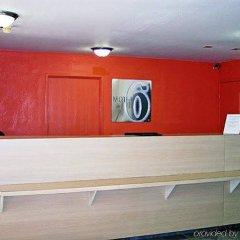 Отель Super 8 by Wyndham Vicksburg интерьер отеля фото 3