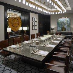 Отель Waldorf Astoria Dubai International Financial Centre
