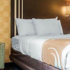Отель Quality Inn & Suites Mall of America - MSP Airport США, Блумингтон - отзывы, цены и фото номеров - забронировать отель Quality Inn & Suites Mall of America - MSP Airport онлайн комната для гостей фото 5
