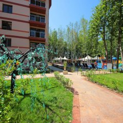 Апартаменты Menada Tarsis Apartments Солнечный берег парковка