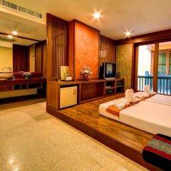 Отель Dang Derm Бангкок сейф в номере