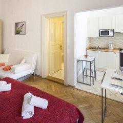 Апартаменты Apartments Dusni - Old Town Square Прага комната для гостей фото 3