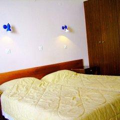 Antonios Hotel сейф в номере