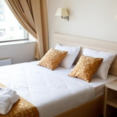Гостиница SkyPoint Шереметьево комната для гостей фото 5