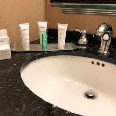Отель Radisson Jfk Airport США, Нью-Йорк - отзывы, цены и фото номеров - забронировать отель Radisson Jfk Airport онлайн ванная
