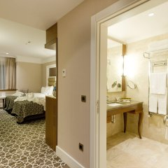 Alila Deluxe Thermal Hotel & Spa комната для гостей фото 3