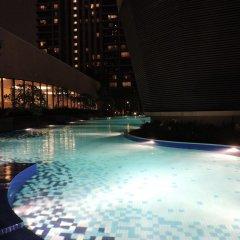 Отель Genius Service Suite at Times Square Малайзия, Куала-Лумпур - отзывы, цены и фото номеров - забронировать отель Genius Service Suite at Times Square онлайн бассейн