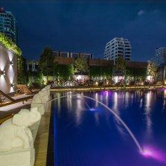 Отель Centre Point Sukhumvit 10 бассейн