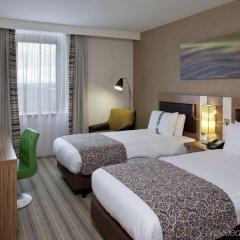 Отель Holiday Inn Stevenage комната для гостей фото 5