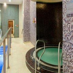 Отель Holiday Inn London Kings Cross / Bloomsbury бассейн фото 2