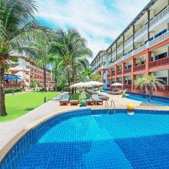 Отель Kata Sea Breeze Resort бассейн фото 3