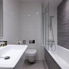 London Guards Hotel Лондон ванная