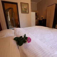 Гостиница Одесса Executive Suites сейф в номере