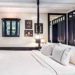 Отель THE SIAM сейф в номере