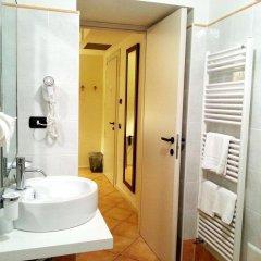 Отель La Contrada Италия, Вербания - отзывы, цены и фото номеров - забронировать отель La Contrada онлайн ванная
