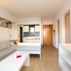 Отель Aparthotel Cabau Aquasol Испания, Пальманова - 1 отзыв об отеле, цены и фото номеров - забронировать отель Aparthotel Cabau Aquasol онлайн комната для гостей фото 3