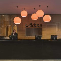 Adina Apartment Hotel Berlin Hackescher Markt интерьер отеля