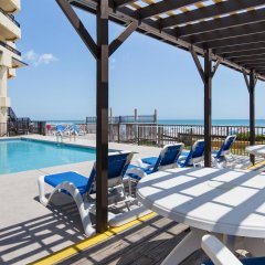 Отель Best Western Oceanfront - New Smyrna Beach с домашними животными