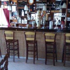 Отель Golden Beach гостиничный бар