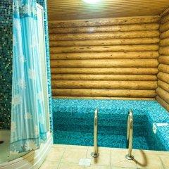 VIP Hotel бассейн