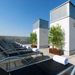 Отель NeoMagna Madrid бассейн