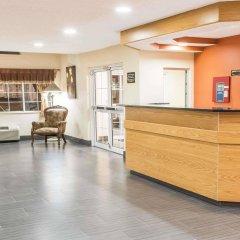 Отель Super 8 Columbus West США, Колумбус - отзывы, цены и фото номеров - забронировать отель Super 8 Columbus West онлайн интерьер отеля