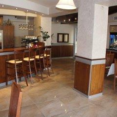 Отель Alanga Hotel Литва, Паланга - 5 отзывов об отеле, цены и фото номеров - забронировать отель Alanga Hotel онлайн гостиничный бар