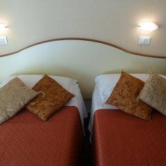 Отель Crosal Италия, Римини - отзывы, цены и фото номеров - забронировать отель Crosal онлайн комната для гостей фото 2