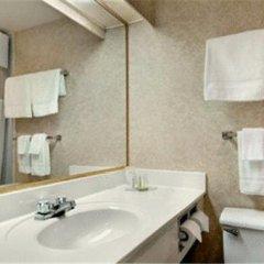 Отель Super 8 Vancouver Канада, Ванкувер - отзывы, цены и фото номеров - забронировать отель Super 8 Vancouver онлайн ванная