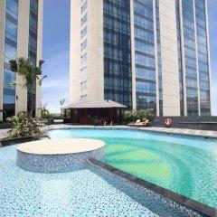 Отель Crowne Plaza West Hanoi бассейн
