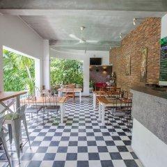 Отель Casa Villa Independence Камбоджа, Пномпень - отзывы, цены и фото номеров - забронировать отель Casa Villa Independence онлайн интерьер отеля фото 3