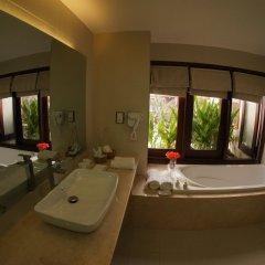 Отель Vinh Hung Emerald Resort Хойан ванная