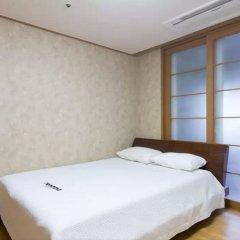 Апартаменты Gangnam Galaxy Apartment 1 комната для гостей фото 3