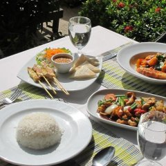 Отель Coconut Village Resort питание фото 3