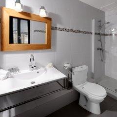 Hotel des Batignolles комната для гостей