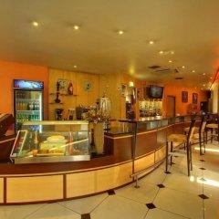 Отель Golden Tulip Port Harcourt гостиничный бар